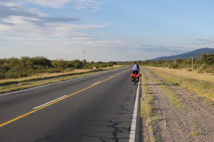Straight road to La Rioja