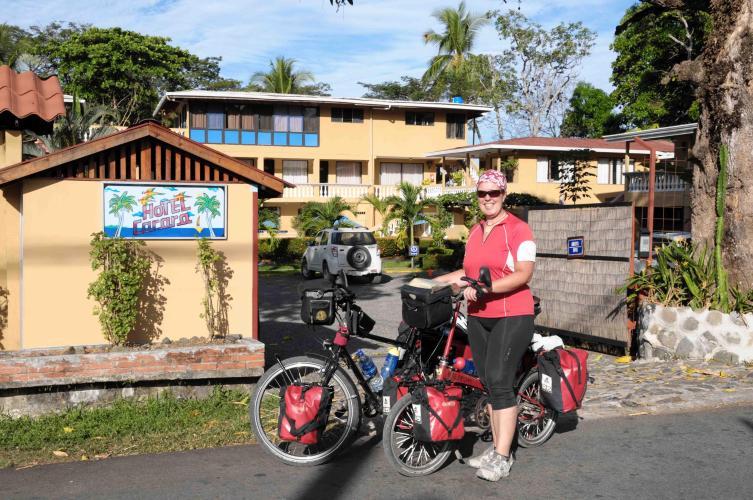 Leaving the Carara Hotel in Tarcoles