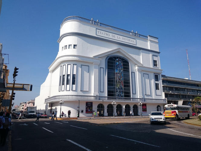 Theatre De La Reforma