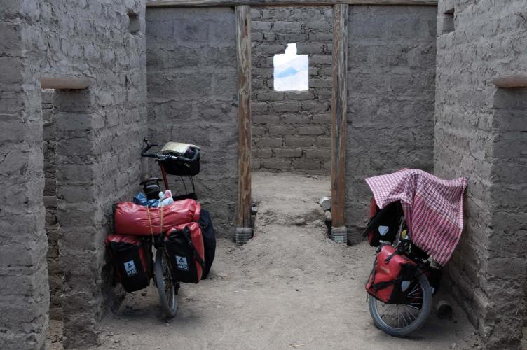 Future hostel in El Mojon