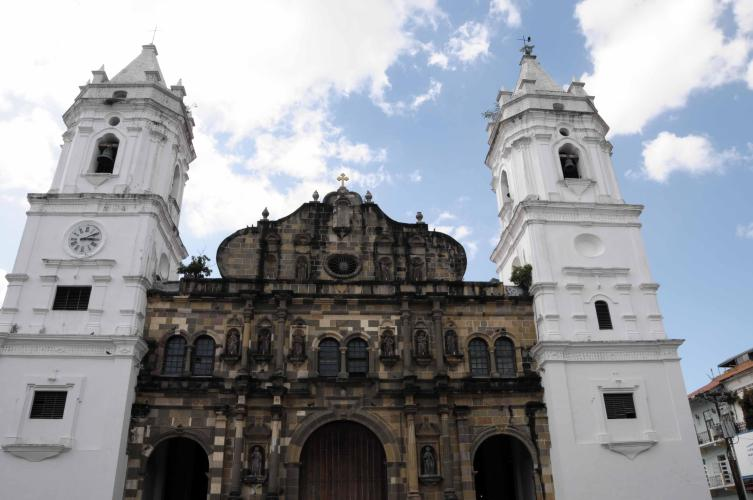 Church at Casco Viejo
