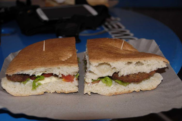 "The perfect break ""Milanesa sandwich"""