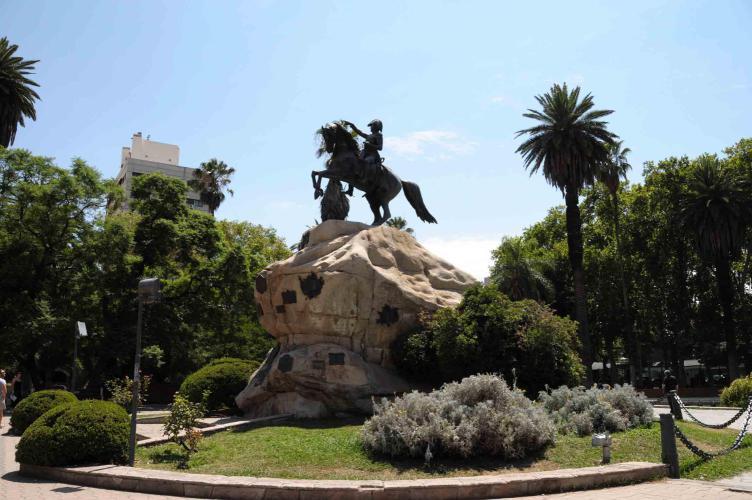"""Plaza """"San Martin"""""""