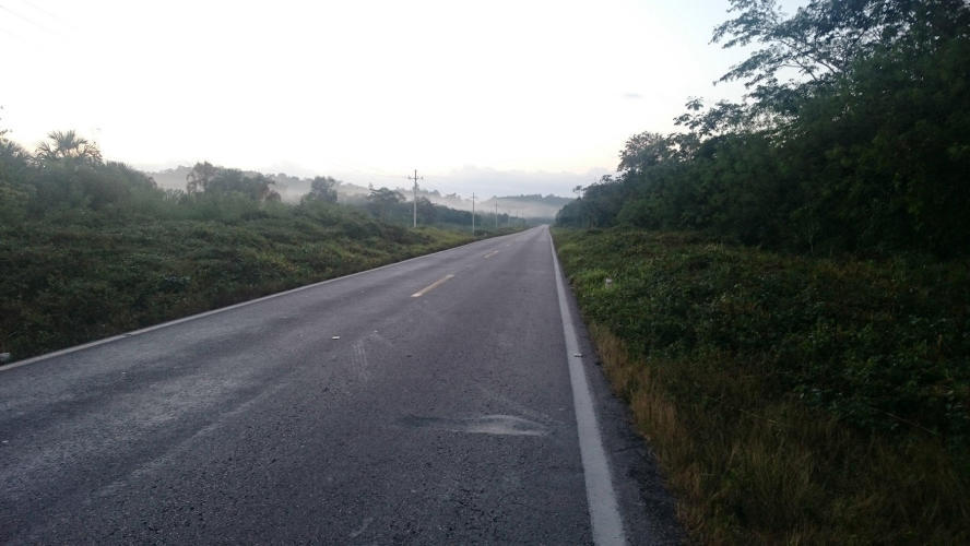 Lovely for cyclist empty road,no traffic