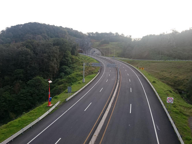 Very new highway