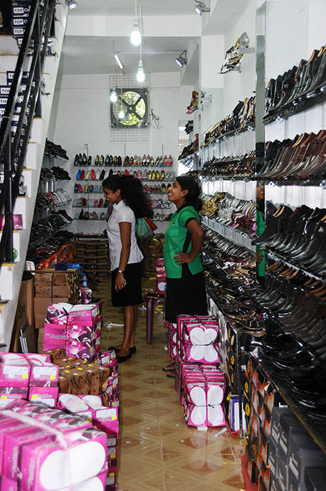 Dambulla shoe shop