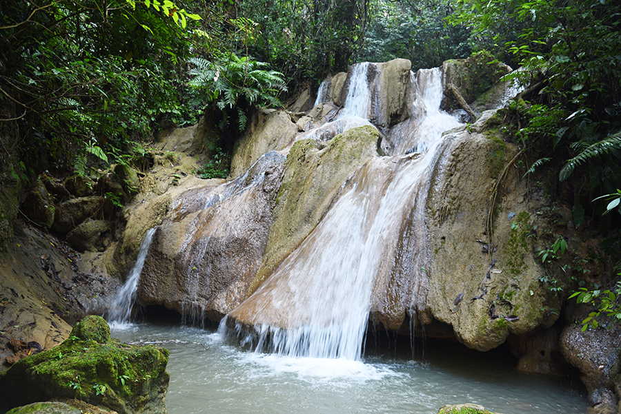 Tad Thong waterfalls