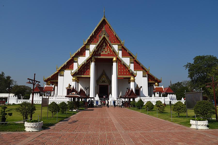 Wat Mongkhon Bophit