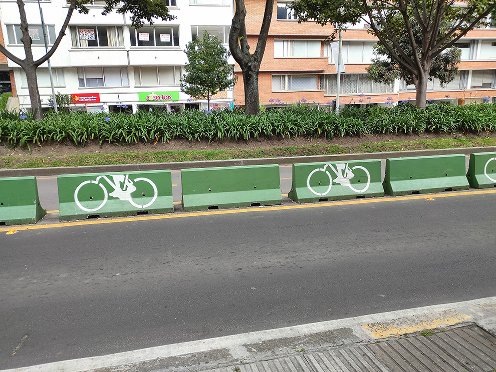 A lot of cycling lane