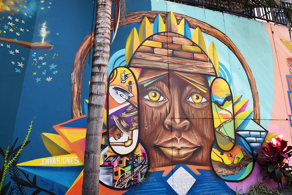 Graffiti on Comuna 13